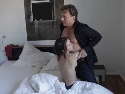 Amelie Etasse sex