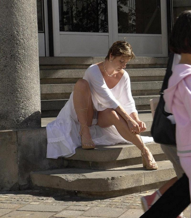 Belle femme upskirit : Belle femme photos porno