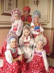 Femme russe robe courte imagesize:960×640
