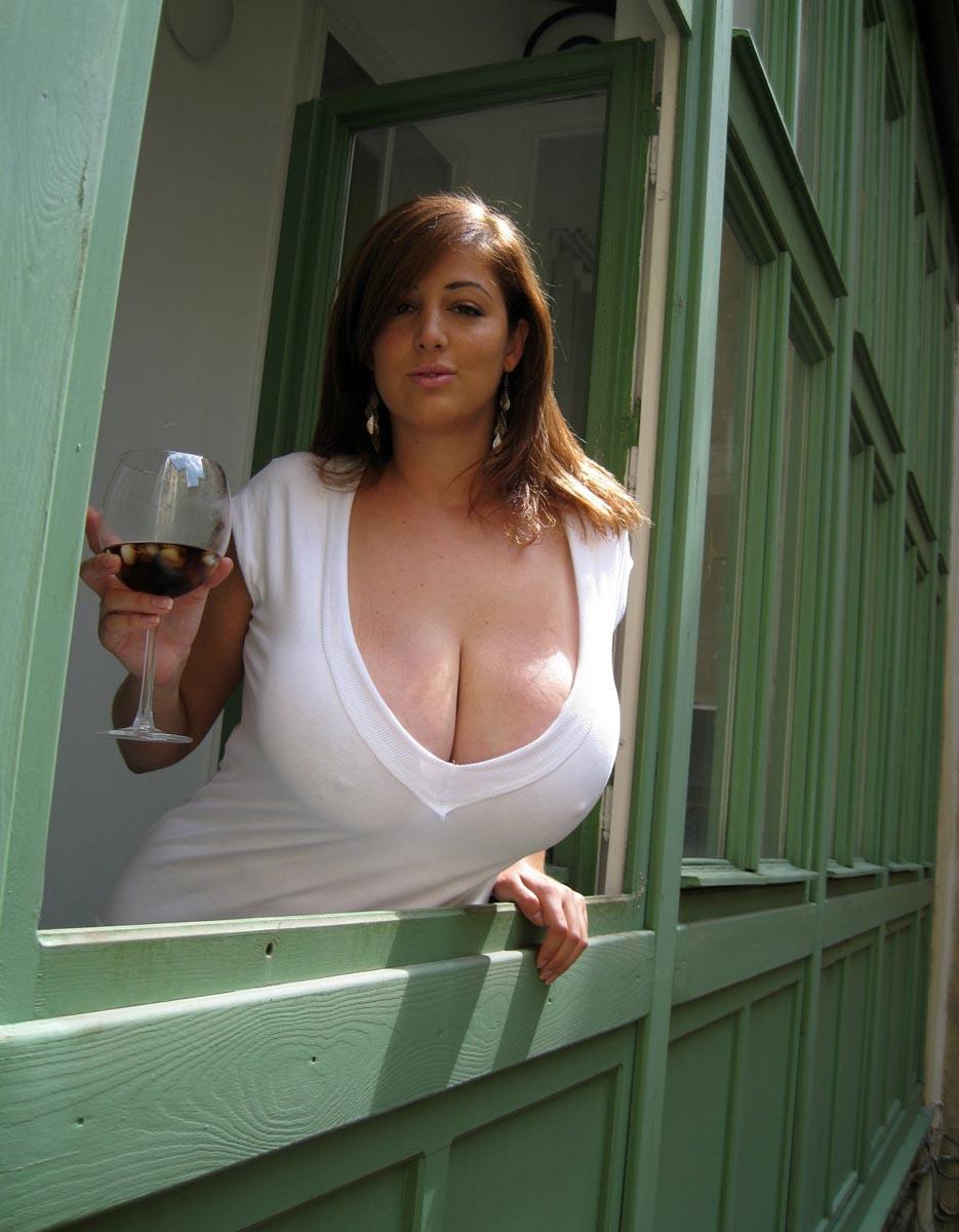 Galerie Femme gros seins photo nue