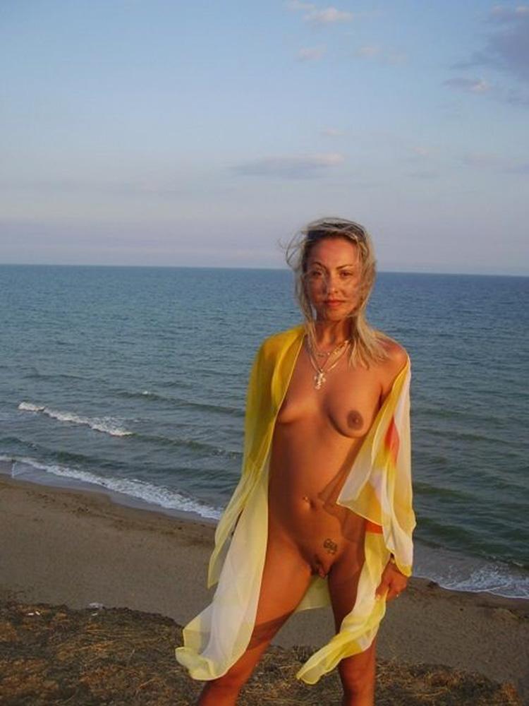 Image Femme amatrice photo (vraiment) nue